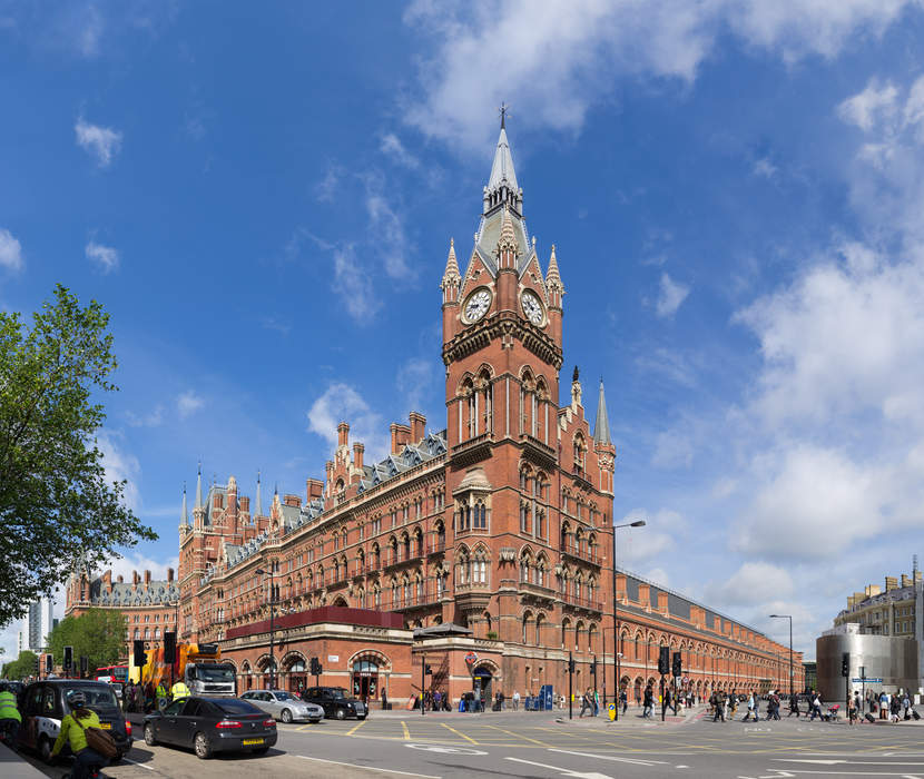 St Pancras railway station: Railway station terminus in London